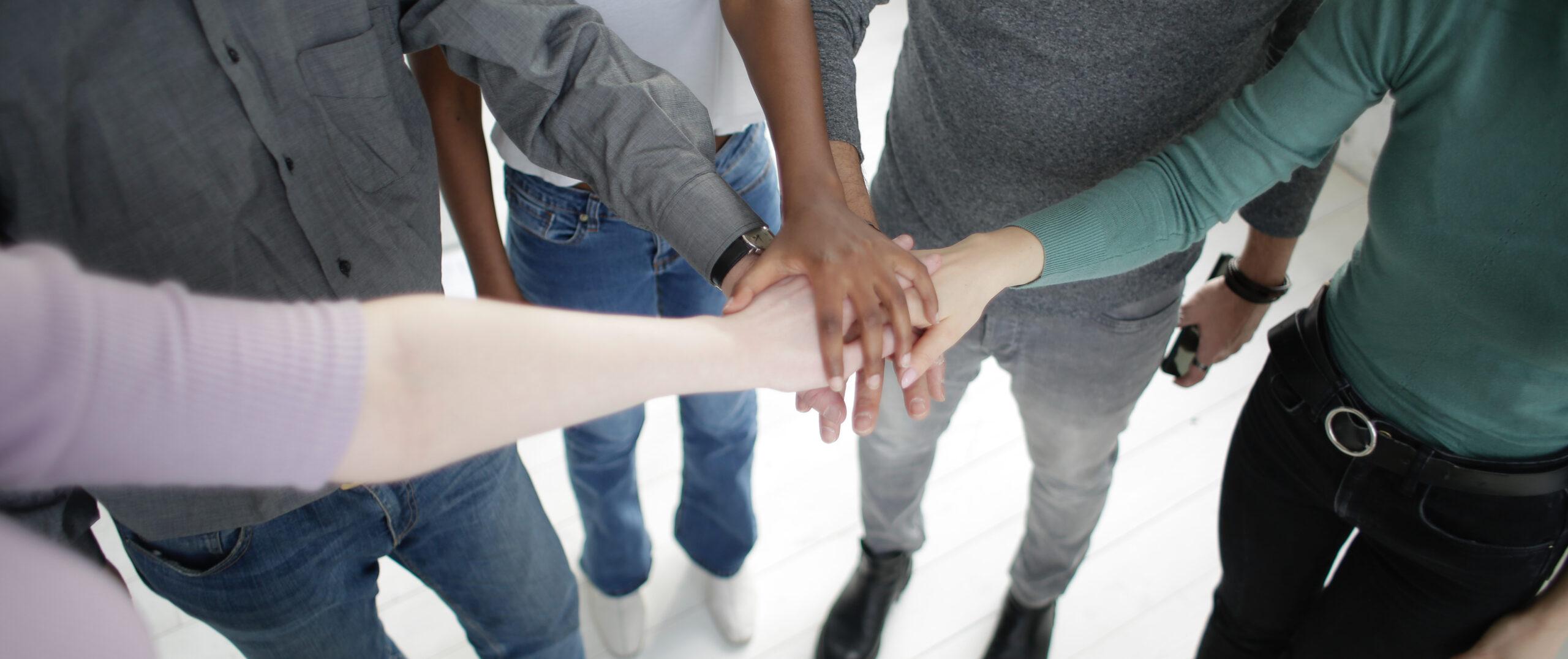 La Sortie - Partenariats pour aider les victimes d'exploitation sexuelle - La Sortie - Partherships to help victims of sexual exploitation (pexels-andrea-piacquadio-3931562)